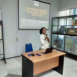 Seminar Jurusan Matematika bersama Dr. Pradnyo Wijayanti,M.Pd.